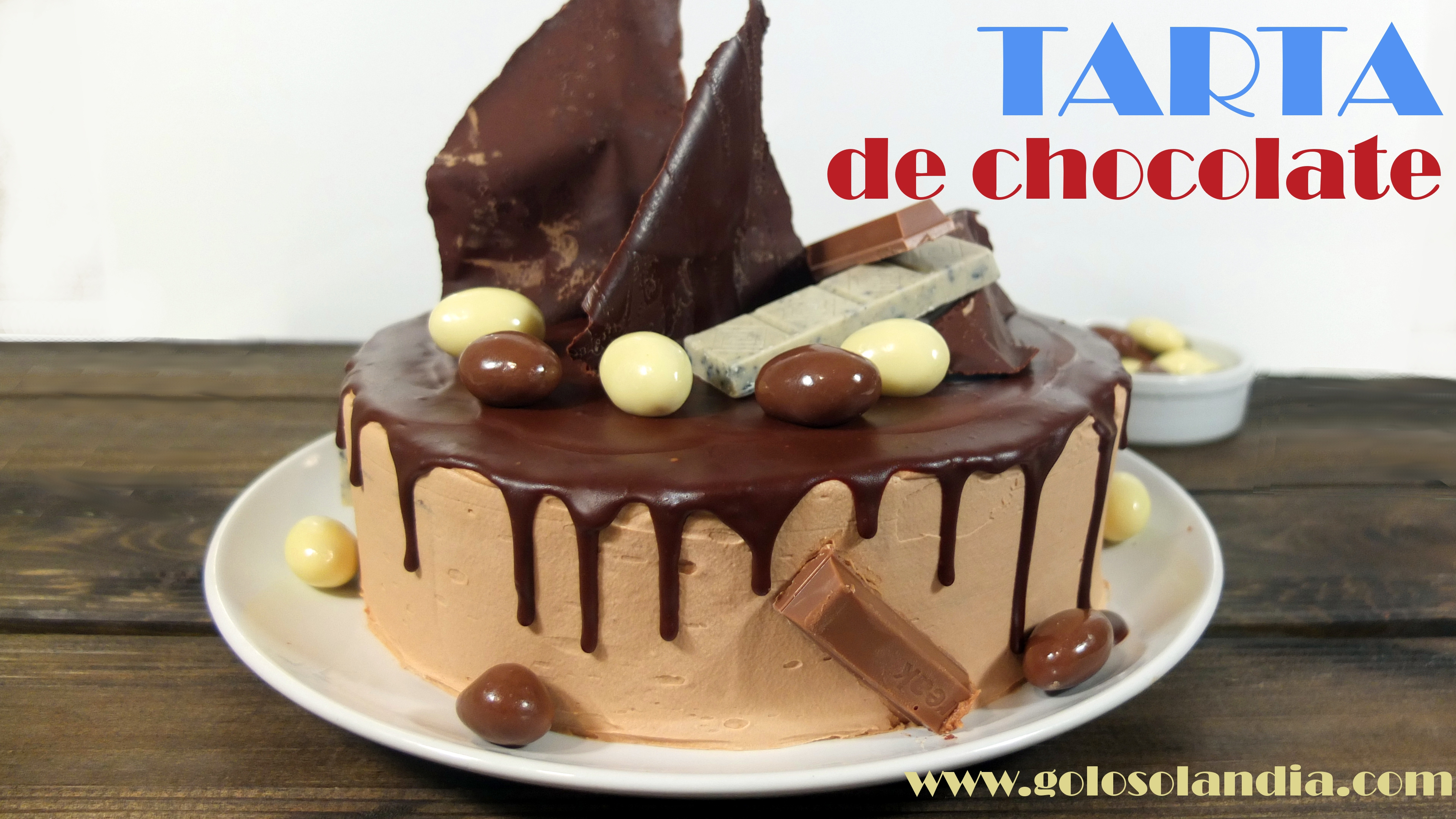 Tarta de chocolate decorada